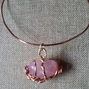 muna-choker-rose-quartz-3